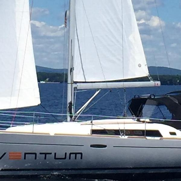 Beneteau 373 2006 for sale - Pre-owned boat for sale
